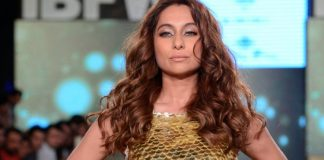 Gionee India Beach Fashion Week Photos – Anusha Dandekar walks for Rocky S