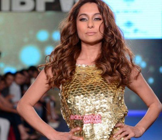 Gionee India Beach Fashion Week Photos – Anusha Dandekar walks for Rocky S