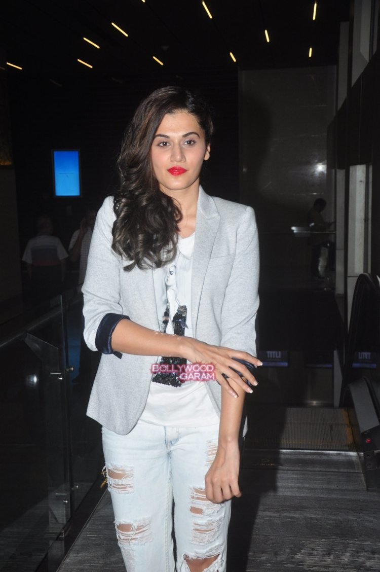 taapsee the home coming4