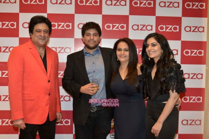 aza launch17