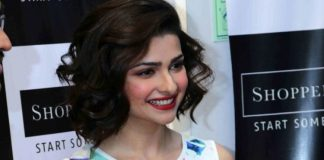 Prachi Desai stuns at Shoppers Stop launch event