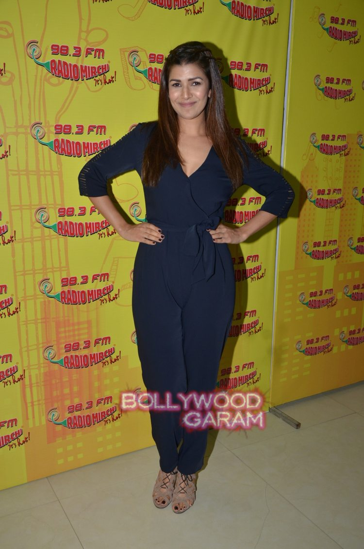 radio mirchi airlift4