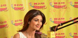 Shilpa Shetty promotes Wedding Da Season at Radio Mirchi studios