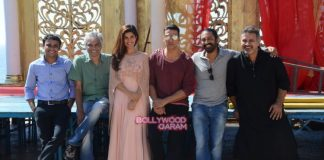 Akshay Kumar and Nimrat Kaur promote Airlift