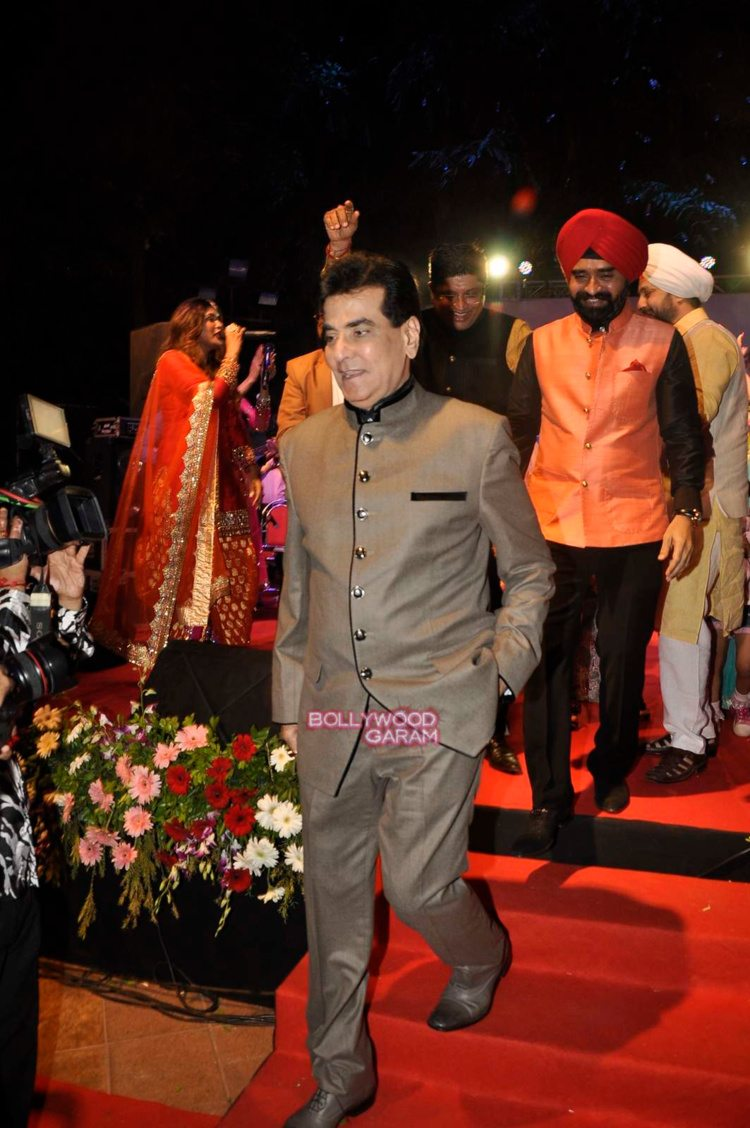 Celebrities LOhri8