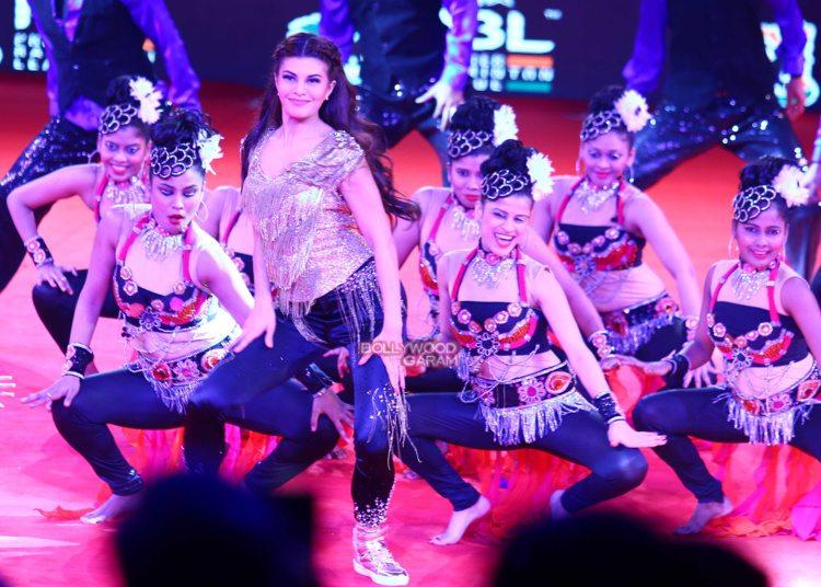 Jacqueline performance9
