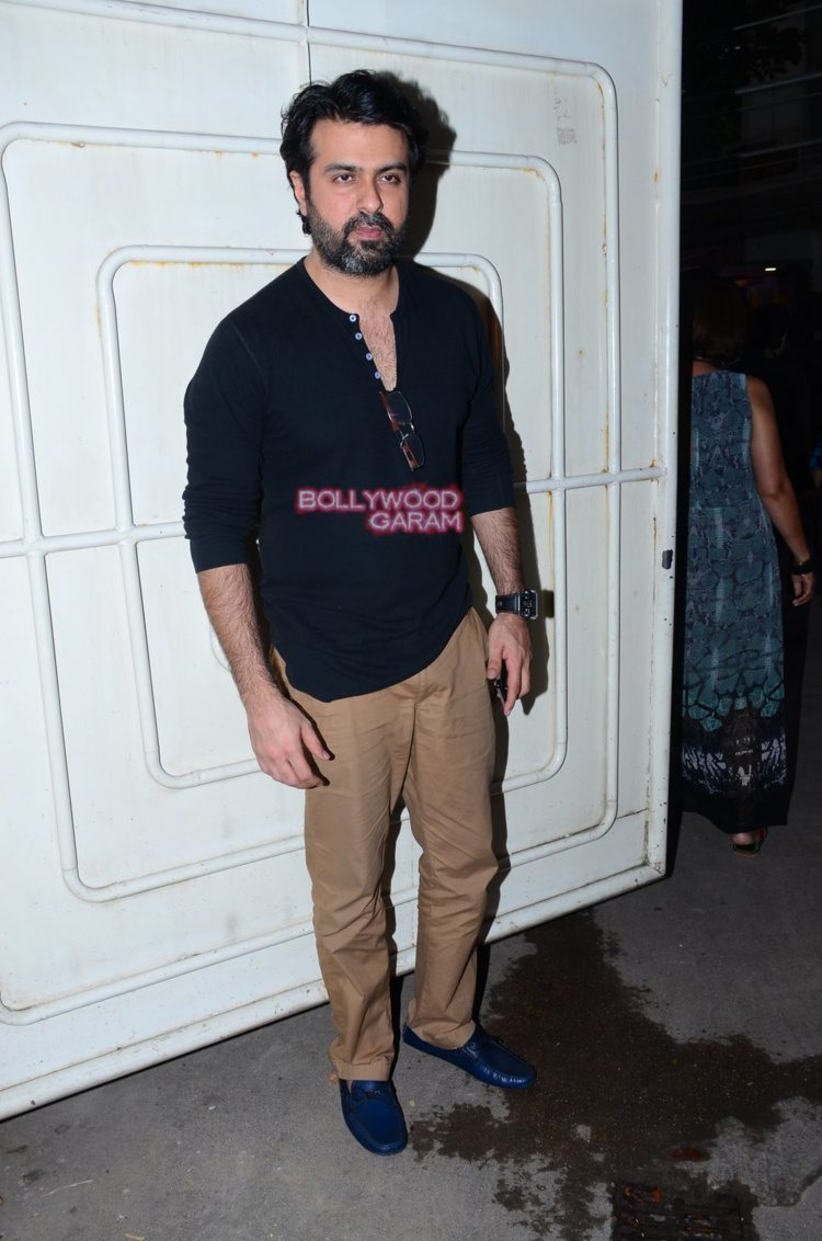 Saala khadoos screening2