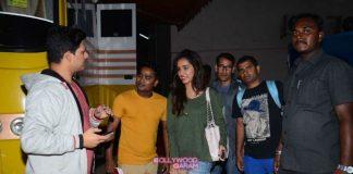 Shraddha Kapoor smiles for shutterbugs at Mehboob Studios