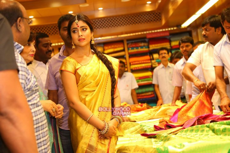 Shriya sari showrom6