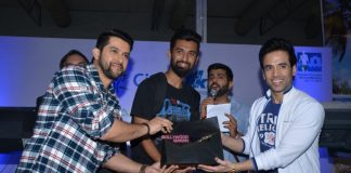 Tusshar Kapoor and Aftab Shivdasani promote Kya Kool Hain Hum 3 at Radio Mirchi event