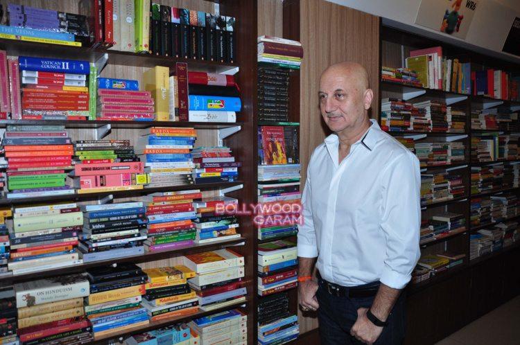 Anupam kher book1