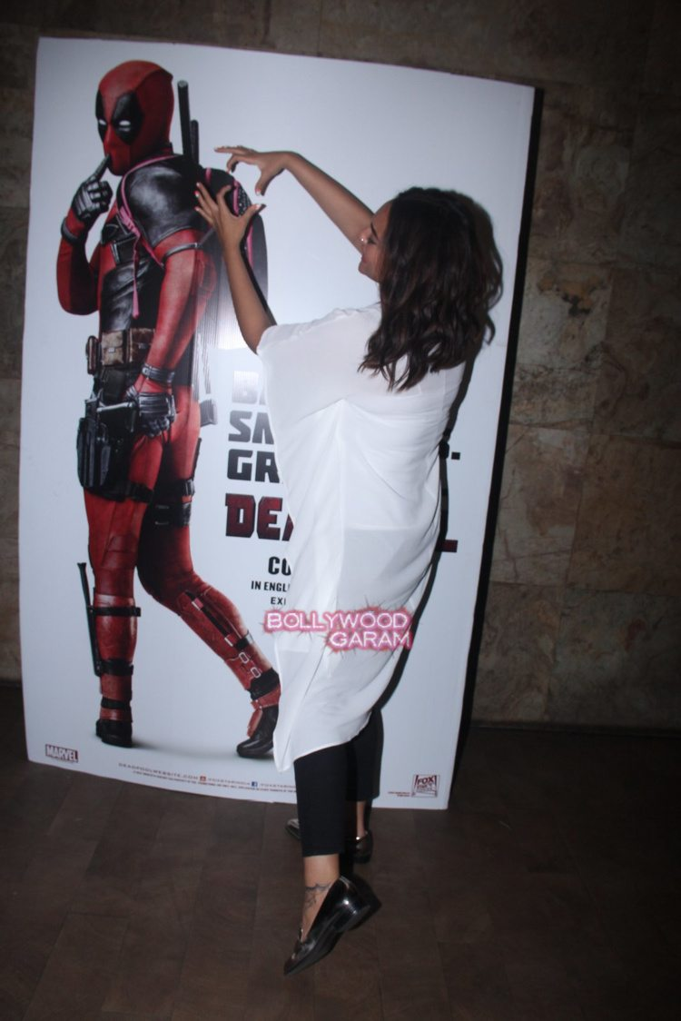 Deadpool screening8