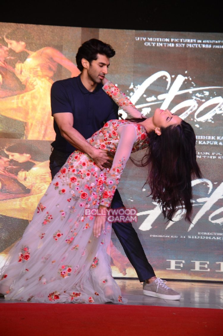 Fitoor college5