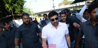 Sunny Deol promotes Ghayal Once Again at Gaiety Galaxy theatre