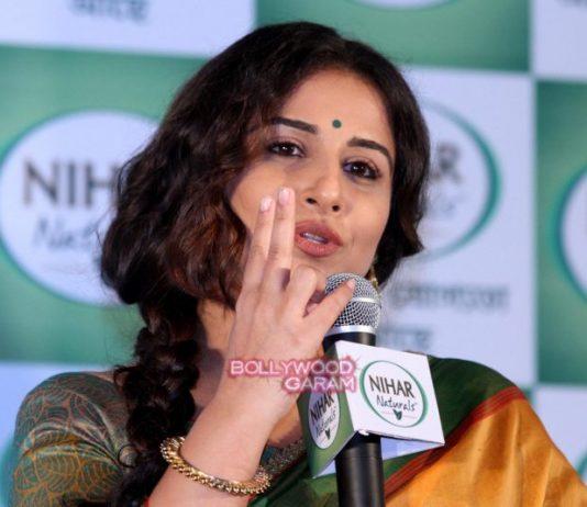Vidya Balan at Nihar Naturals promotional event in Kolkata