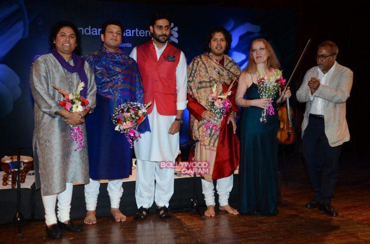 abhishek concert3