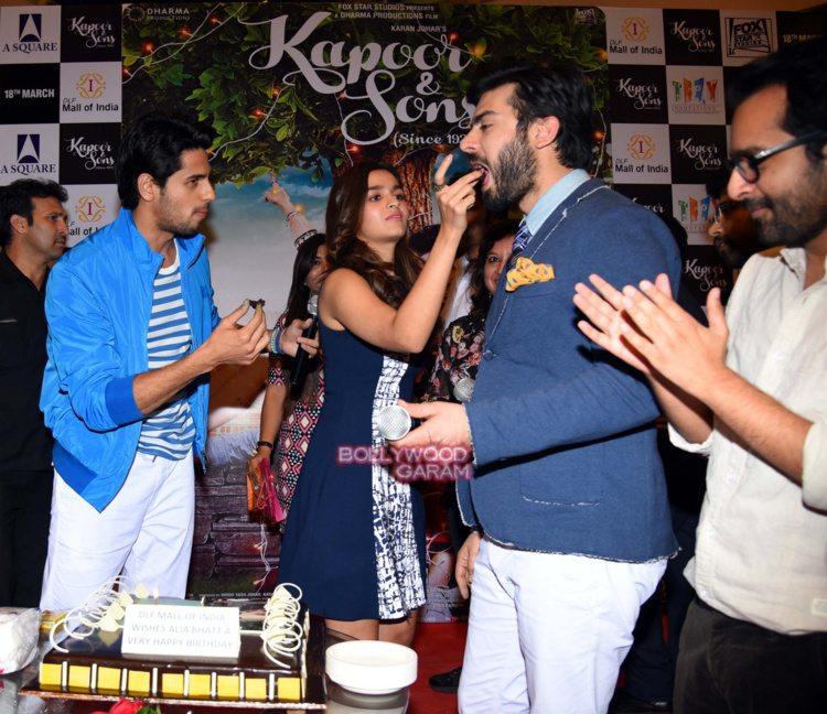 Kapoor and sons Delhi10