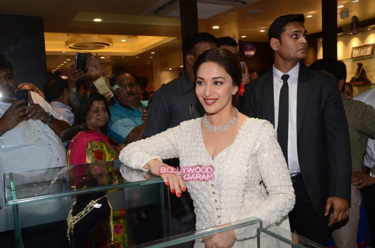 Madhuri PNG event3