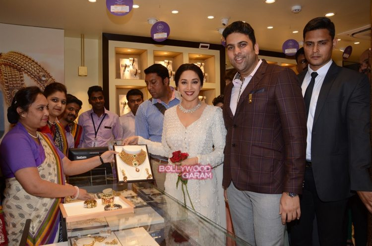 Madhuri PNG event5