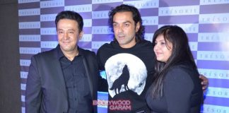 Hrithik Roshan, Mandana Karimi and Bobby Deol at Tresorie new store launch