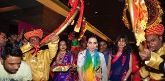 Karisma Kapoor and Rashmi Thakeray at MOGS conference