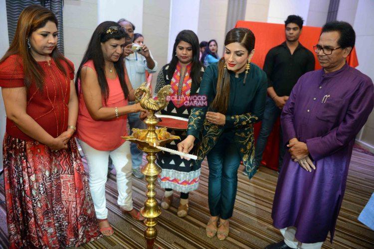 Raveena grehalakshmi6