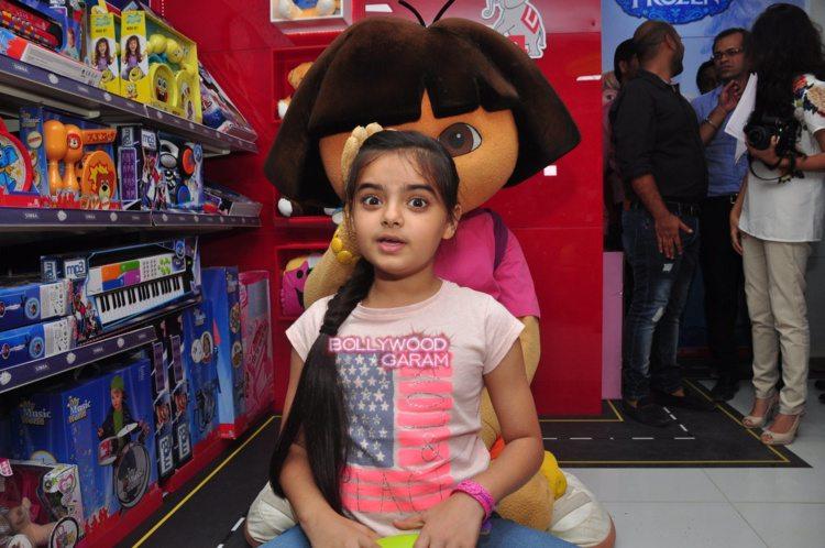 Simba toy store3