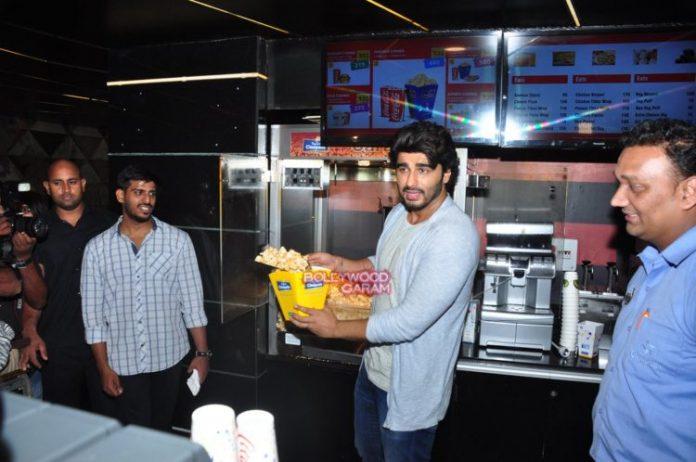 arjun kapoor popcorn3