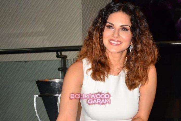 Sunny Leone bday1