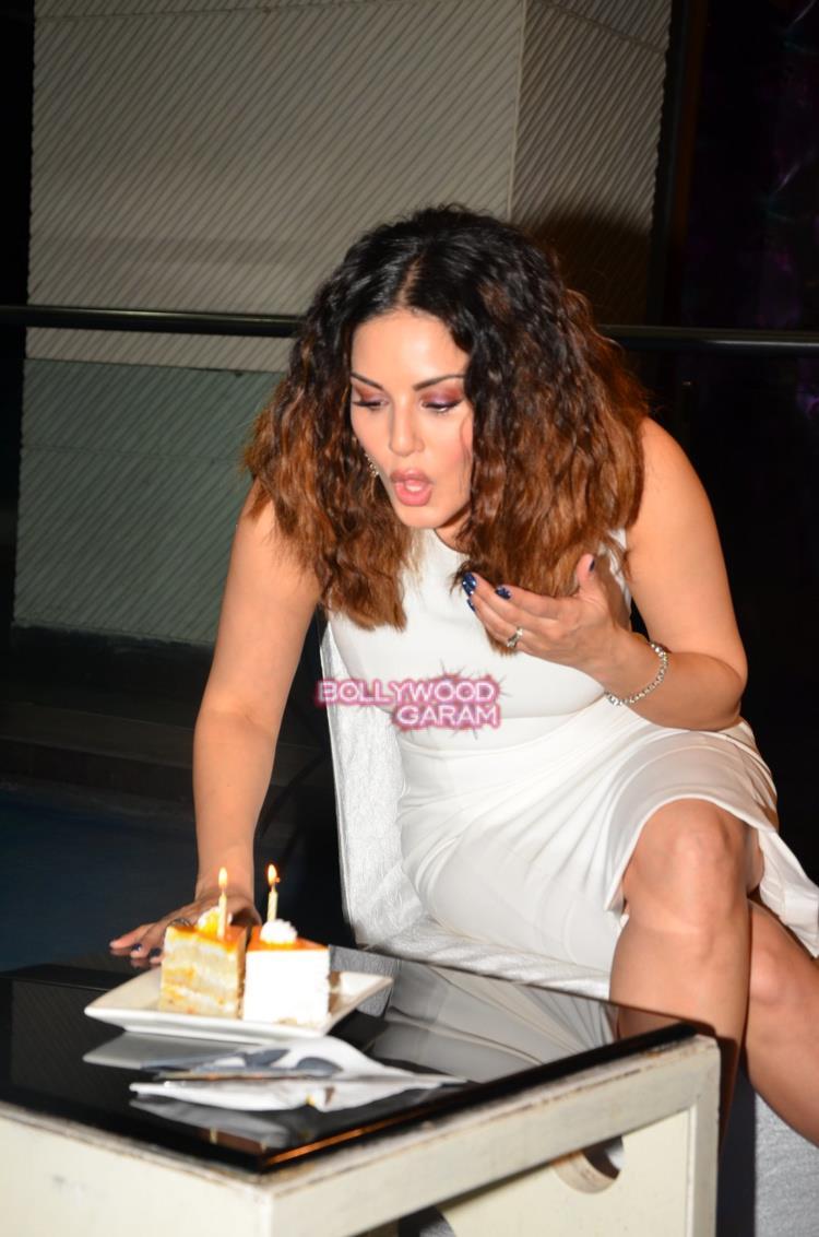 Sunny Leone bday3