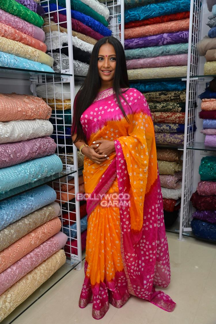 meghna store launch2