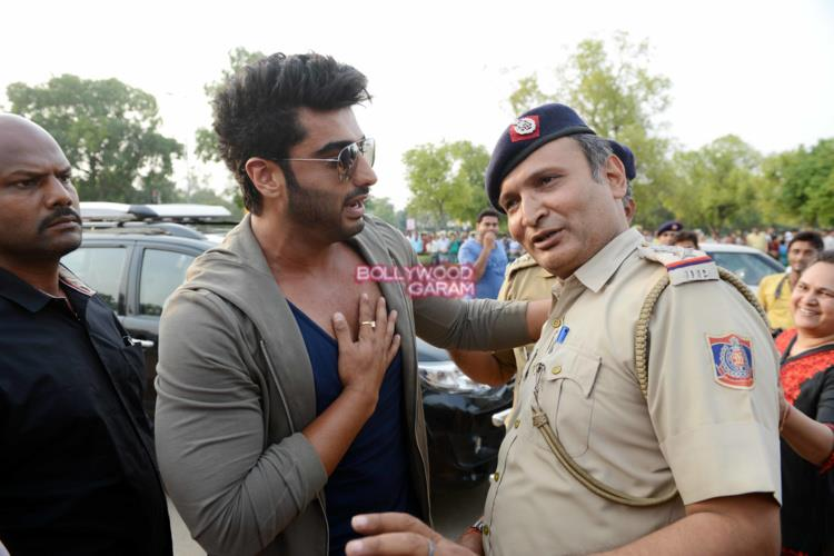 Arjun kapoor road safety4
