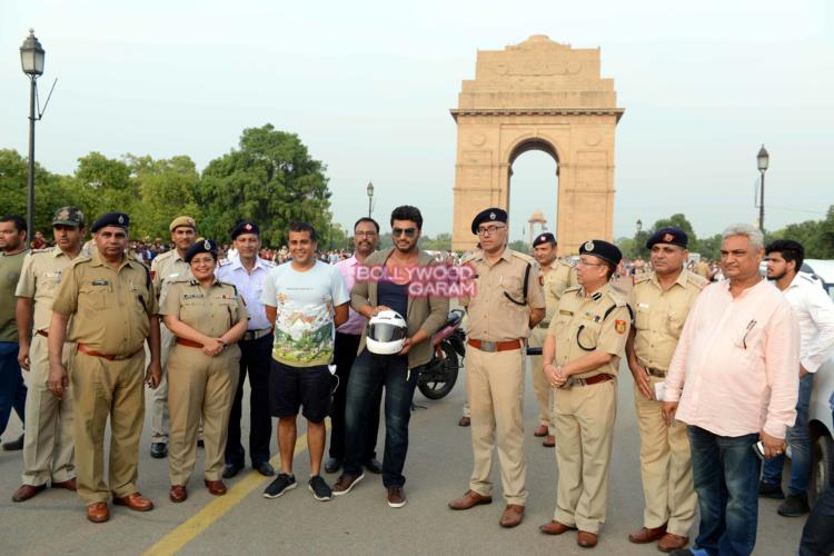Arjun kapoor road safety5