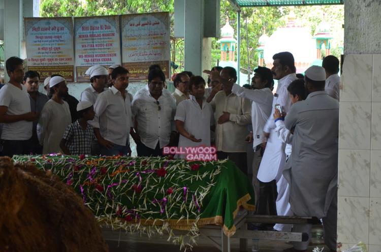 Razak Khan funeral1