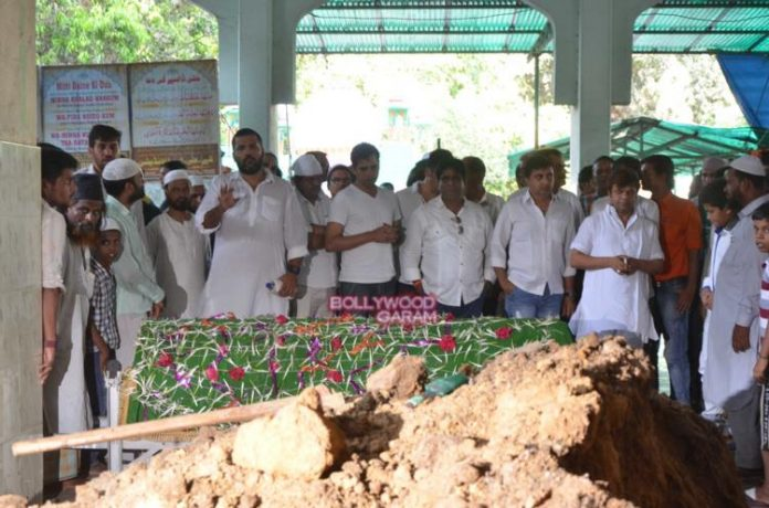 Razak Khan funeral2
