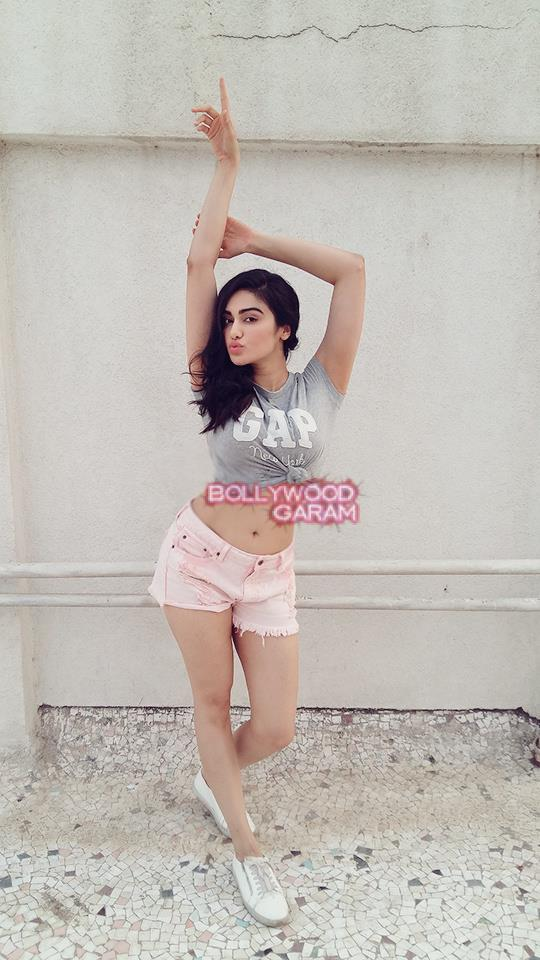 adah sharma gap2