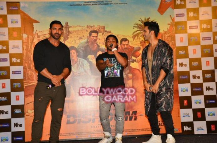 Dishoom with fans1
