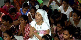 Gaia Mother Sofia does charity at Mumbai NGO