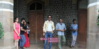 Irrfan Khan promotes Madaari amidst students