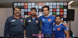 Sunny Leone and Sonu Sood grace Pro-Kabaddi match