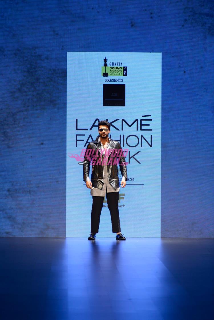 Arjun Kapoor LFW1