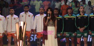 Chitrangada Singh sings National Anthem at Pro Kabaddi League