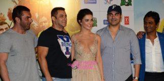 Salman Khan and Nawazuddin Siddiqui launch Freaky Ali trailer video
