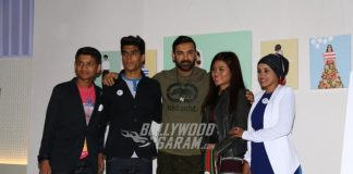 John Abraham at Fashion Illustration showcase is all about casual chic