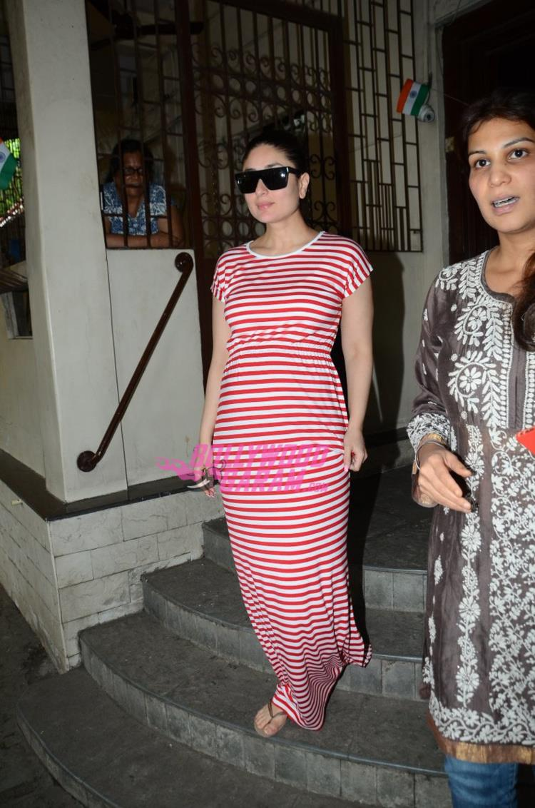Kareena Baby Bump3