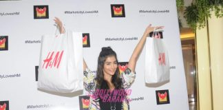 Pooja Hegde and Ujjwala Raut at Phoenix Market City launch event