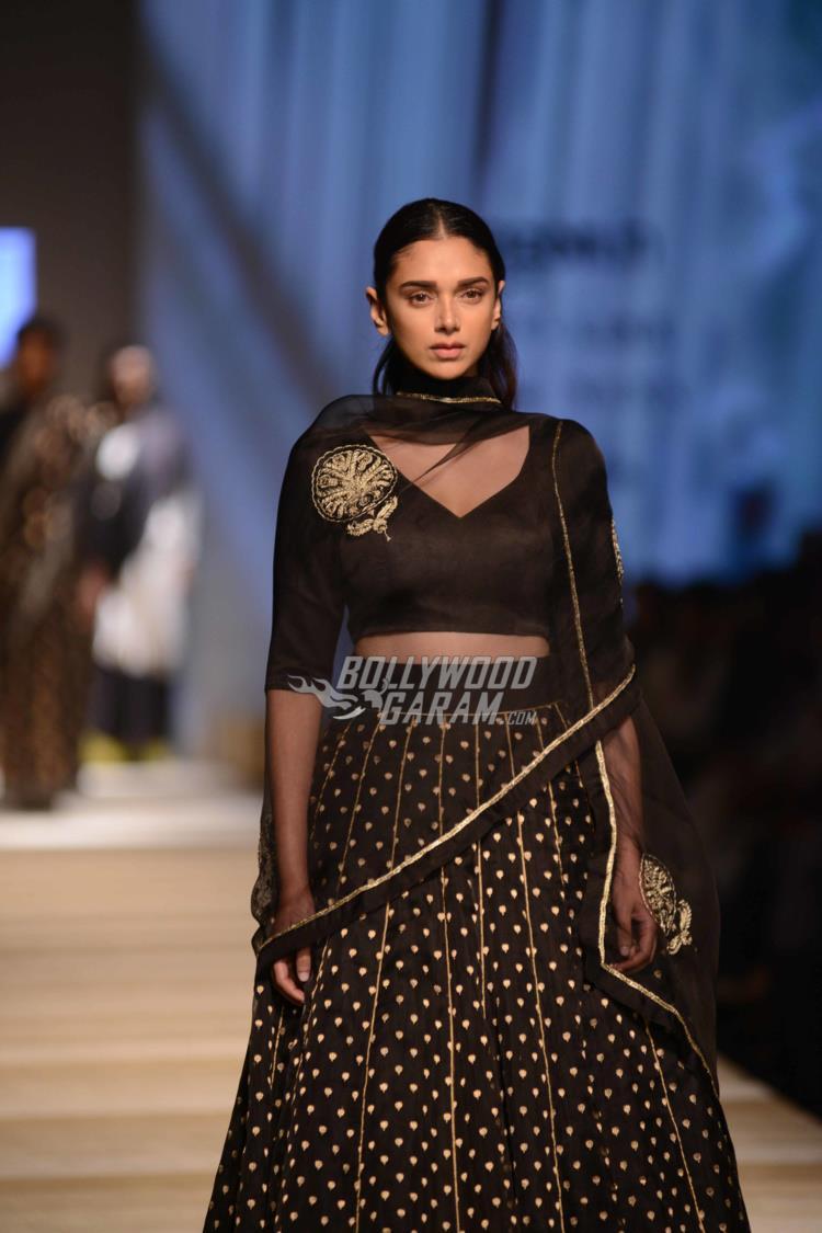 amazon-fashion-week2