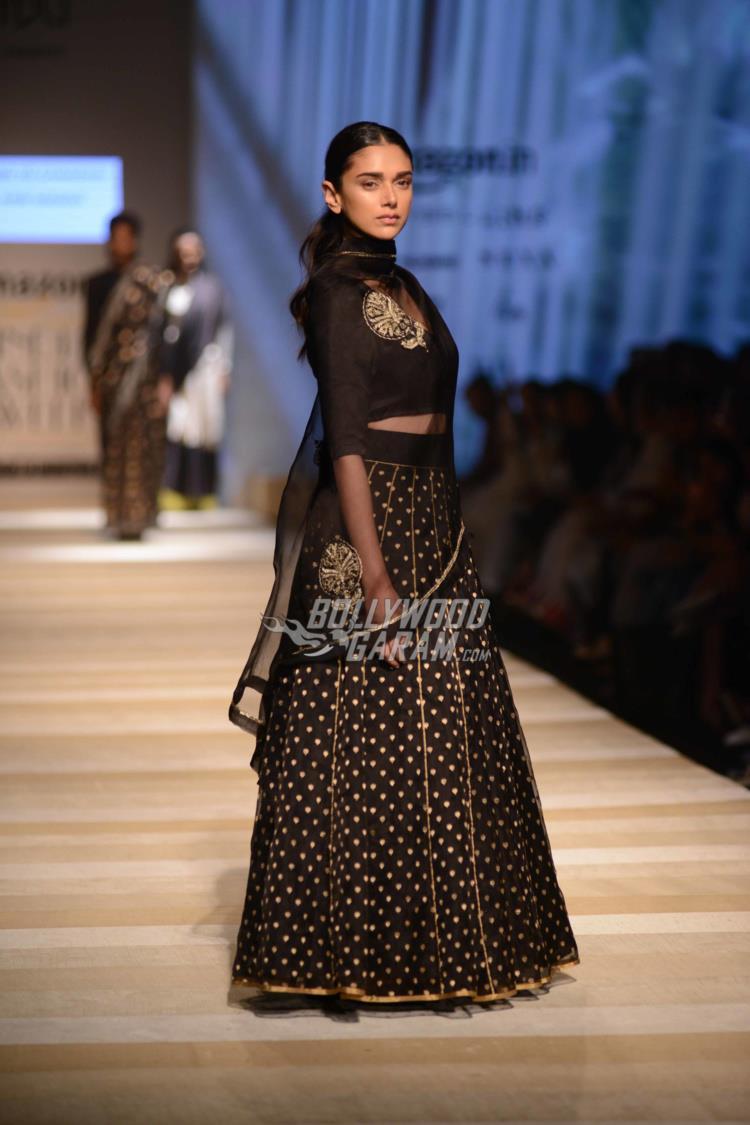 amazon-fashion-week4