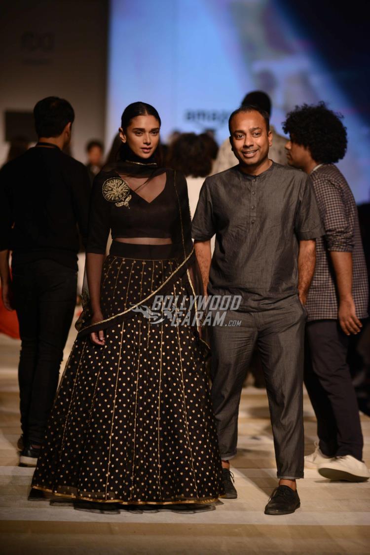 amazon-fashion-week6