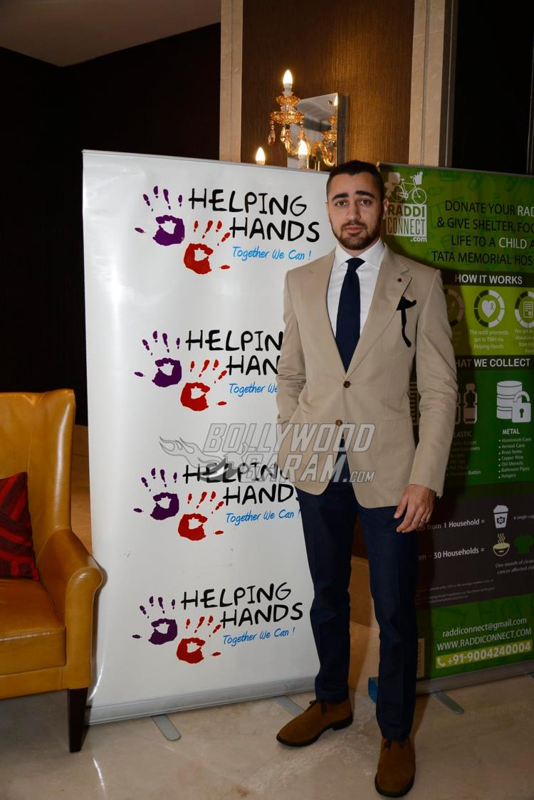 helping-hands2